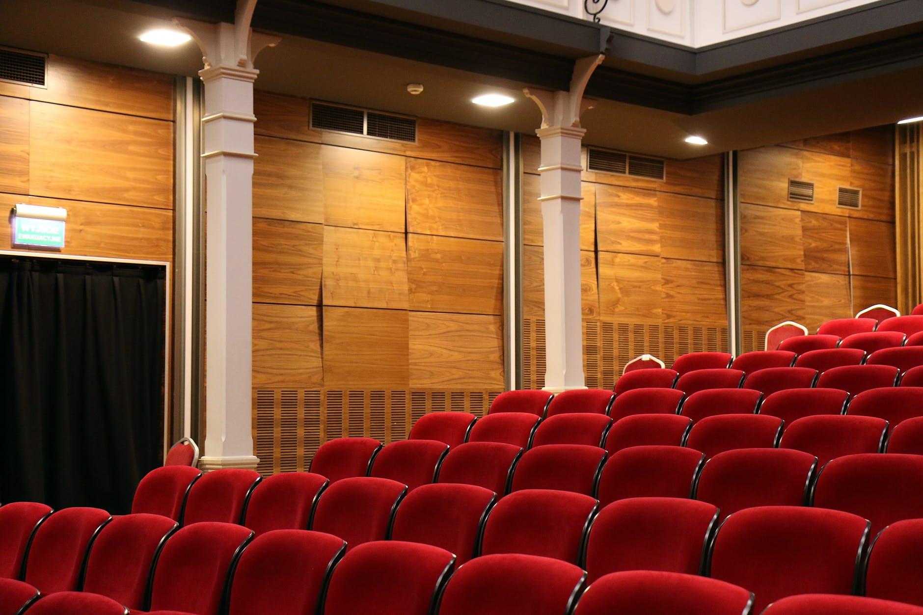auditorium chairs comfortable concert